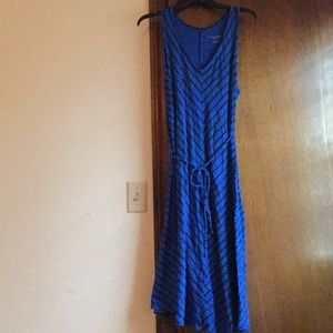 Dresses & Skirts - 🤰🏼medium Liz Lange Maternity dress🤰🏼
